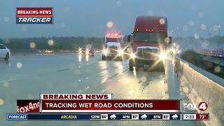 Tractor trailer crash slows northbound I-75 in Fort Myers - Video