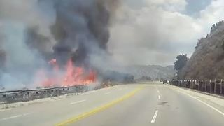 La Tuna Canyon Brush Fire Triggers Evacuations, Shuts Freeway - Video