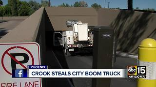 Phoenix police: Man arrested for stealing city work truck - Video