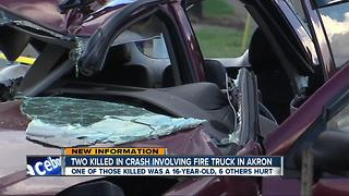 Two dead, including 16-year-old girl, after crash involving a fire truck - Video