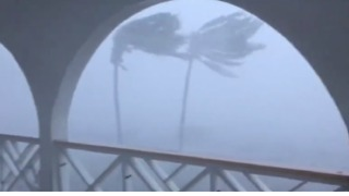 Intense Wind Whips Through Anguilla as Irma Passes Overhead - Video