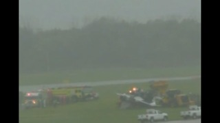 Military jet crashes at Dayton Air Show practice run - Video
