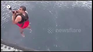 Dramatic rescue of 10 men after Cyclone Ockhi capsizes their boat - Video