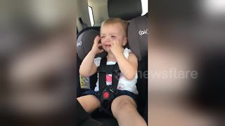 Young girl has meltdown over gender of new baby - Video