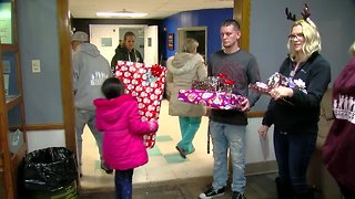 Christmas cheer spreads to veterans' families
