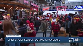 KC Power & Light District hosts Chiefs watch party amid COVID-19 pandemic