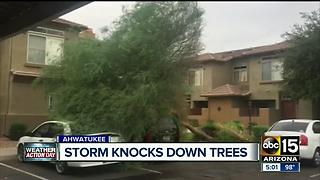 Homes, cars damaged after strong storm hits the Valley - Video