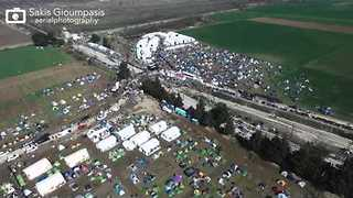 Aerial Footage Reveals Crowded Transit Camp on Greece-Macedonia Border - Video