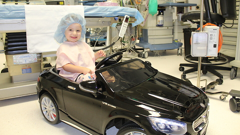 Kids at Modesto Hospital Ride to Surgery in Style Using Toy Mercedes Convertible