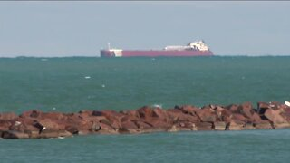 1,000-foot barge to quarantine at Port Milwaukee after crew members test positive for COVID-19