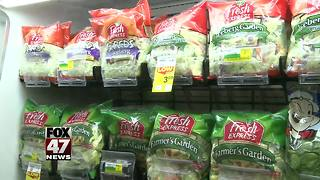 One E.coli case confirmed in Michigan linked to romaine lettuce - Video