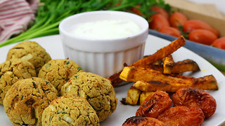 Oven baked falafel dinner recipe - Video
