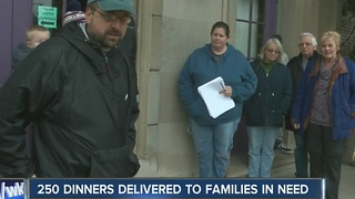 250 dinners delivered to families in need - Video