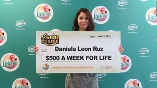 18-year-old girl claims $500 A Week For Life top prize from Florida Lottery scratch-off game - Video