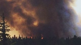 Hikers Evacuated as Washington Declares Statewide State of Emergency - Video