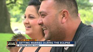 SE Wisconsin couple to be married during the solar ecplise - Video
