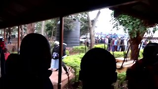 Waiting Kenyan Voters Cheer Elderly Lady Arriving to Cast Her Ballot - Video
