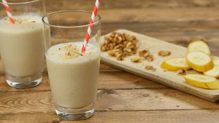 Banana Bread Smoothie - Video