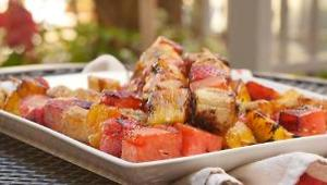 Grilled Fruit Kabobs with Balsamic Drizzle - Video