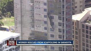 Worker rescued from scaffolding in Sarasota Co. - Video