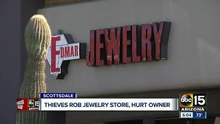 Thieves rob jewelry store, hurt manager in Scottsdale - Video