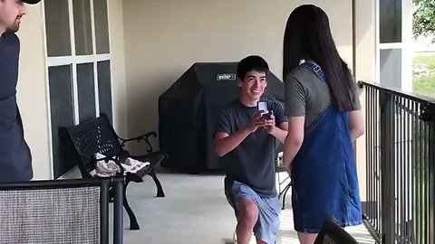 Dad falls for surprise proposal April fool's prank