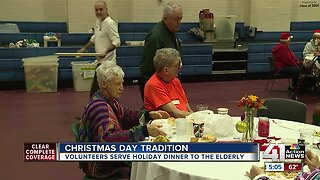 Senior citizens spend 43rd annual Christmas dinner together