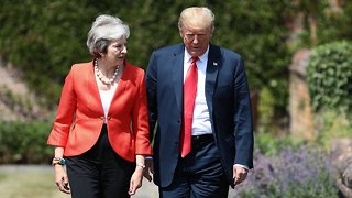 Donald Trump, Theresa May Hold Joint Press Conference At Chequers - Video
