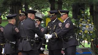 Flag folding ceremony at IMPD Deputy Chief James Waters' funeral - Video