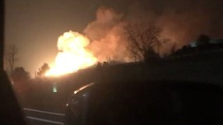 Huge Fire Erupts in Auburn Hills, Michigan - Video