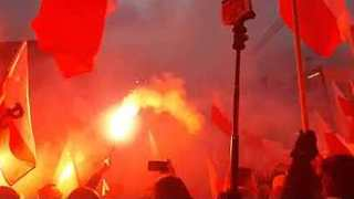 Thousands Take Part in Far-Right March on Poland's Independence Day - Video