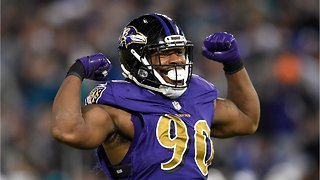 Linebacker Za'Darious Smith Shares Sweet Story About Plans For His New Signing Bonus