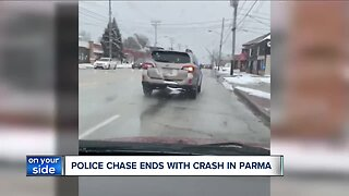 Police pursuit ends in crash, closing Pearl Road in Parma