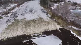 Drone footage shows ice breakup in Maine's Aroostook river - Video