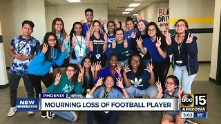 Community mourning loss of high school football player - Video