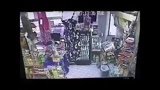Clearwater Carjacking suspect using stolen card