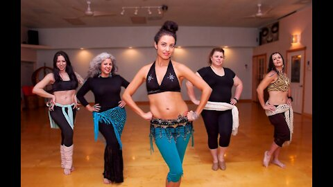 Shimmy belly dance