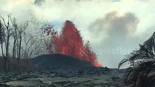 Video captures Leilani resident driving into lava zone