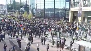Tensions Flare at Neo-Nazi Rally in Gothenburg - Video