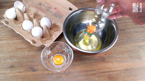 Fastest possible way to separate egg yolk