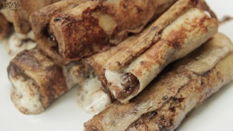 Smore's French Toast Roll-Ups
