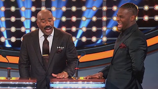 Le'Veon Bell Embarrasses Himself with Stupid Answer on Family Feud - Video