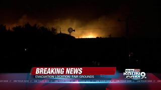 Encino Fire forces evacuations in Sonoita - Video