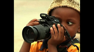 Incredible 3-year-old Photographer - Video