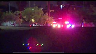 Officer injured while trying to arrest suspect - Video
