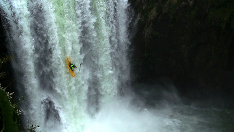 Pro Kayaker Takes On 18 Metre Waterfall In Mexico