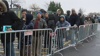 Black Friday frenzy continues through the night - Video