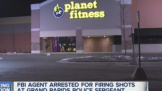 FBI agent fires gun outside Planet Fitness - Video