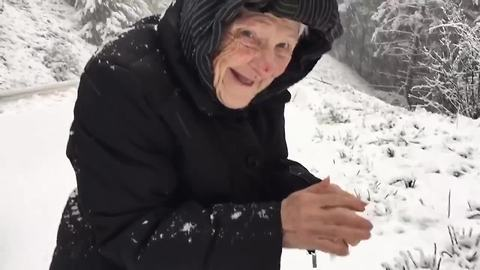 101-Year-Old Lady Plays In The Snow And Has The Time Of Her Life