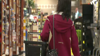 Food recall danger? Report finds unsafe food can sit on shelves for months - Video